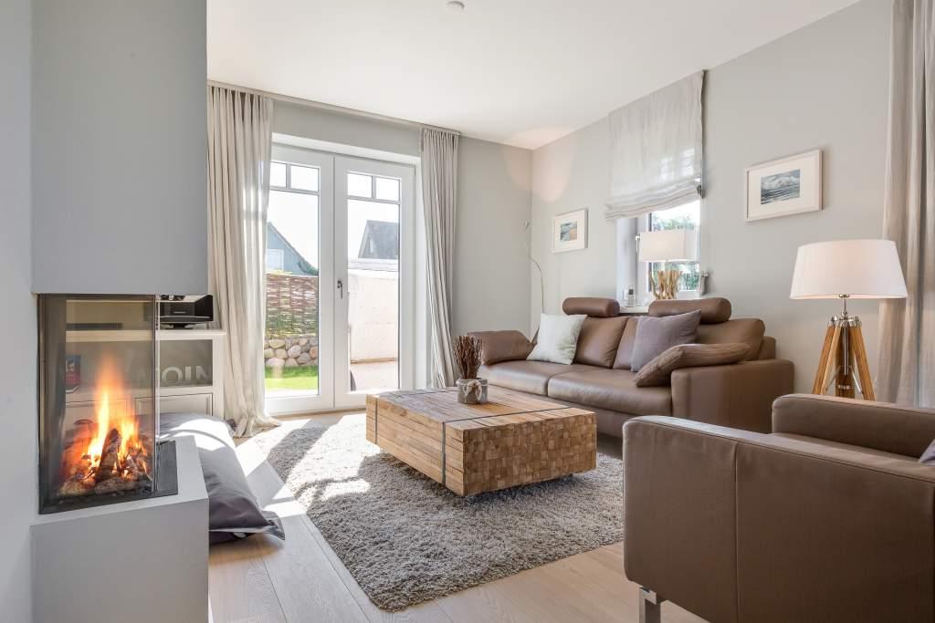wohnen und mee h r app 1 in westerland mit kamin sauna. Black Bedroom Furniture Sets. Home Design Ideas